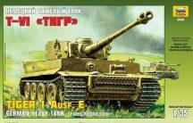 Zvezda Tiger I Early (Kursk)