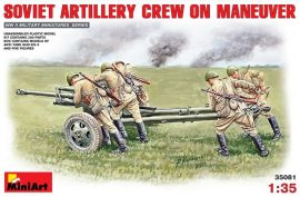 MiniArt Soviet Artillery Crew on Maneuver