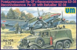 Unimodels Pe-2R reconn. aircraft w. ref. BZ-38