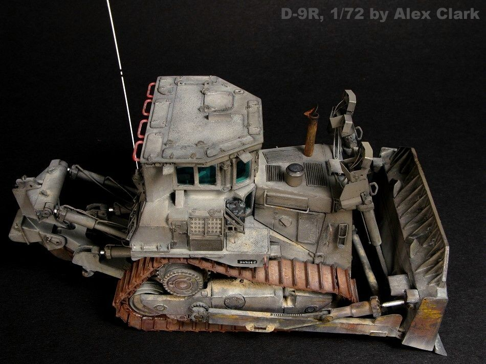 Balaton Model D-9R armoured dozer (US Army version)