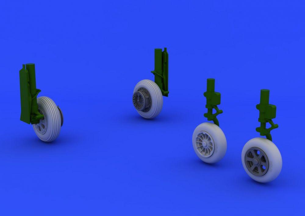 Eduard F-86F wheels (HASEGAWA)