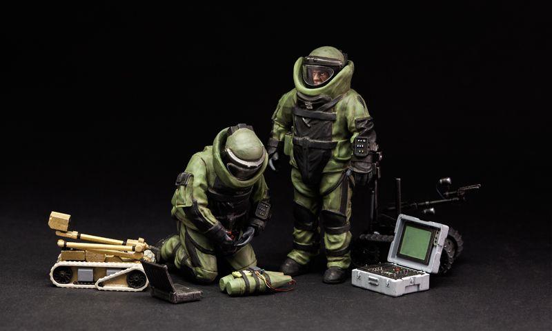 Meng Model U.S. Explosive Ordnance Disposal