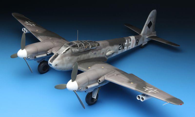 Meng Model MESSERSCHMITT Me410A-1 HIGH SPEED BOMBER