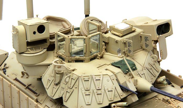 Meng Model M2A3 Bradley BUSK III IFV