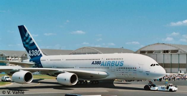 Revell Airbus A 380 Design New livery