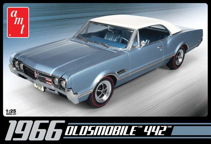 AMT 1966 Oldsmobile 442