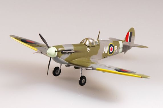 Easy Model Spitfire Mk V RAF 121 Sqn 1942
