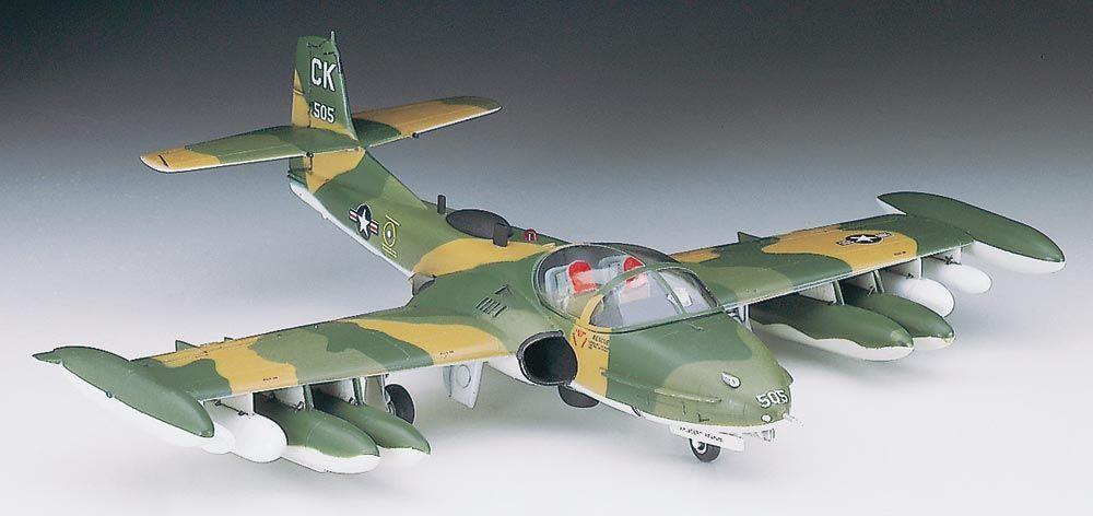 Hasegawa A-37 A/B Dragonfly