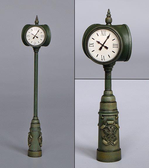 Plus Model Street clock
