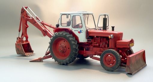 Plus Model Soviet earthmover Belorus