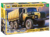 Zvezda Ural 4320 Truck makett