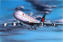 "Revell Boeing 747-200 ""Air Canada"" makett"