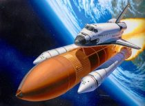Revell Space Shuttle Discovery & Booster Rockets makett
