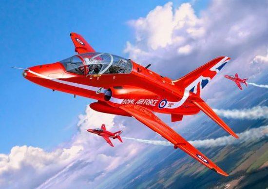Revell BAe Hawk T.1 Red Arrows makett