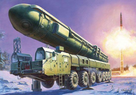 Zvezda Ballistic Missile Launcher Topol makett