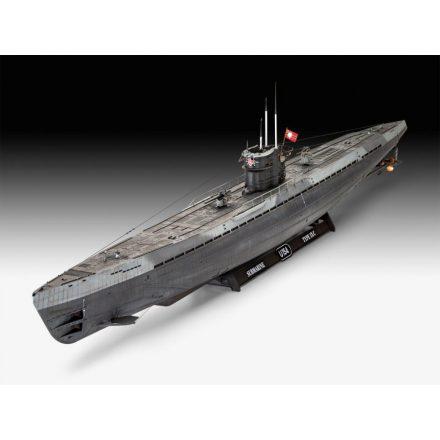 Revell German Submarine Type IX C (Early Turret) makett