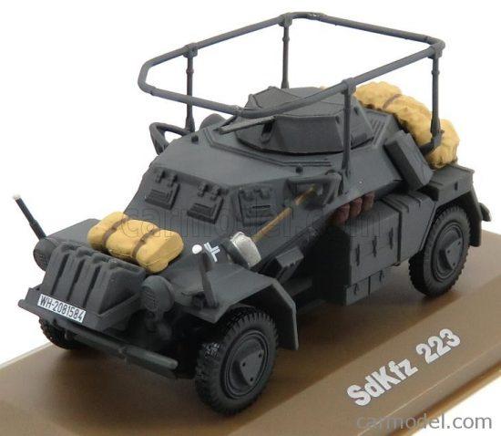 EDICOLA SDKFZ 223 TANK 1945