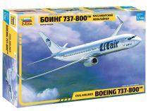 Zvezda Boeing 737-800 makett