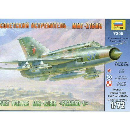 Zvezda MiG-21bis Soviet Fighter makett