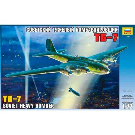 Zvezda Soviet Bomber TB-7 makett