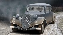 Ace Model Staff Car Traction Avant 11CV makett