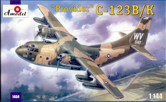 Amodel C-123B/K 'Provider' USAF aircraft makett
