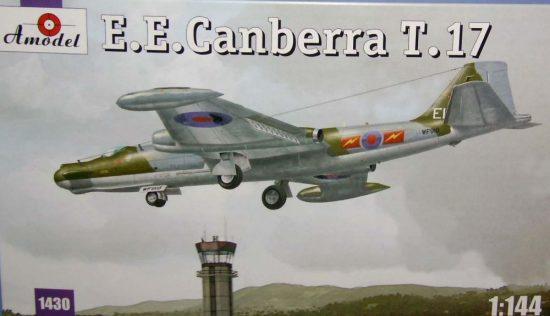Amodel E.E.Canberra T.17 makett