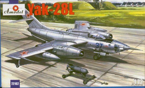Amodel Yakovlev Yak-28L Soviet bomber makett