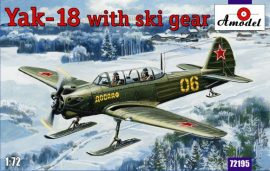 Amodel Yak-18 with ski gear
