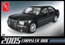 AMT 2005 Chrysler 300C makett