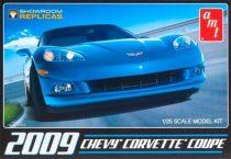 AMT 2009 Corvette Coupe makett