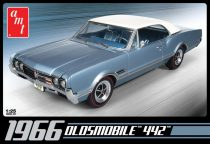 AMT 1966 Oldsmobile 442 makett