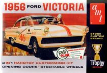 AMT 1956 Ford Victoria makett
