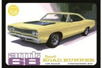 AMT 1968 Plymouth Roadrunner Yellow makett