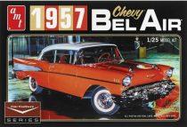 AMT 1957 Chevrolet Bel Air makett
