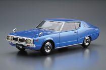 Aoshima Nissan KGC110 Skyline HT2000GT-X '74 makett