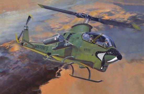 Mistercraft AH-1G Marines makett