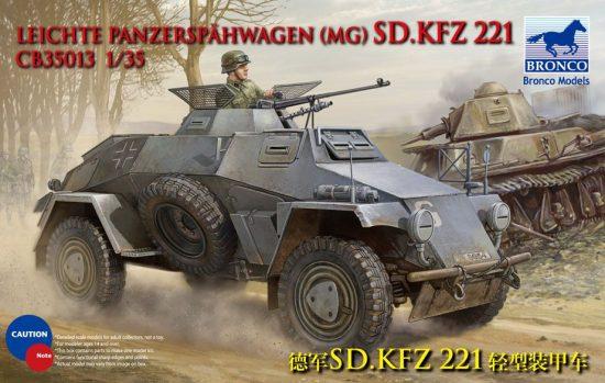 Bronco Sd.Kfz.221 Armoured Car makett