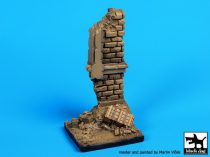 Black Dog Stairs with column base
