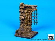 Black Dog Medieval gate base