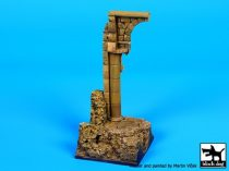 Black Dog Big column base