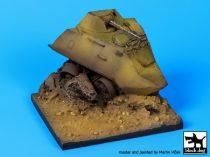 Black Dog Destroyed BTR 60 base