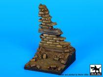 Black Dog Ruined wall N°4 base