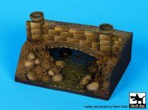 Black Dog Bridge base