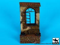Black Dog House window base