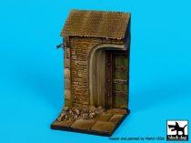 Black Dog House door base