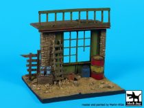 Black Dog House ruin (Near east) base