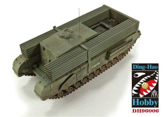 AFV Club 1/35 British 3 Inch gun Churchill tank & makett