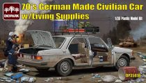 Diopark Mercedes Benz 200D with Living Supplies makett