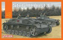 Dragon Sturmgeschutz/StuG.III Ausf.E makett